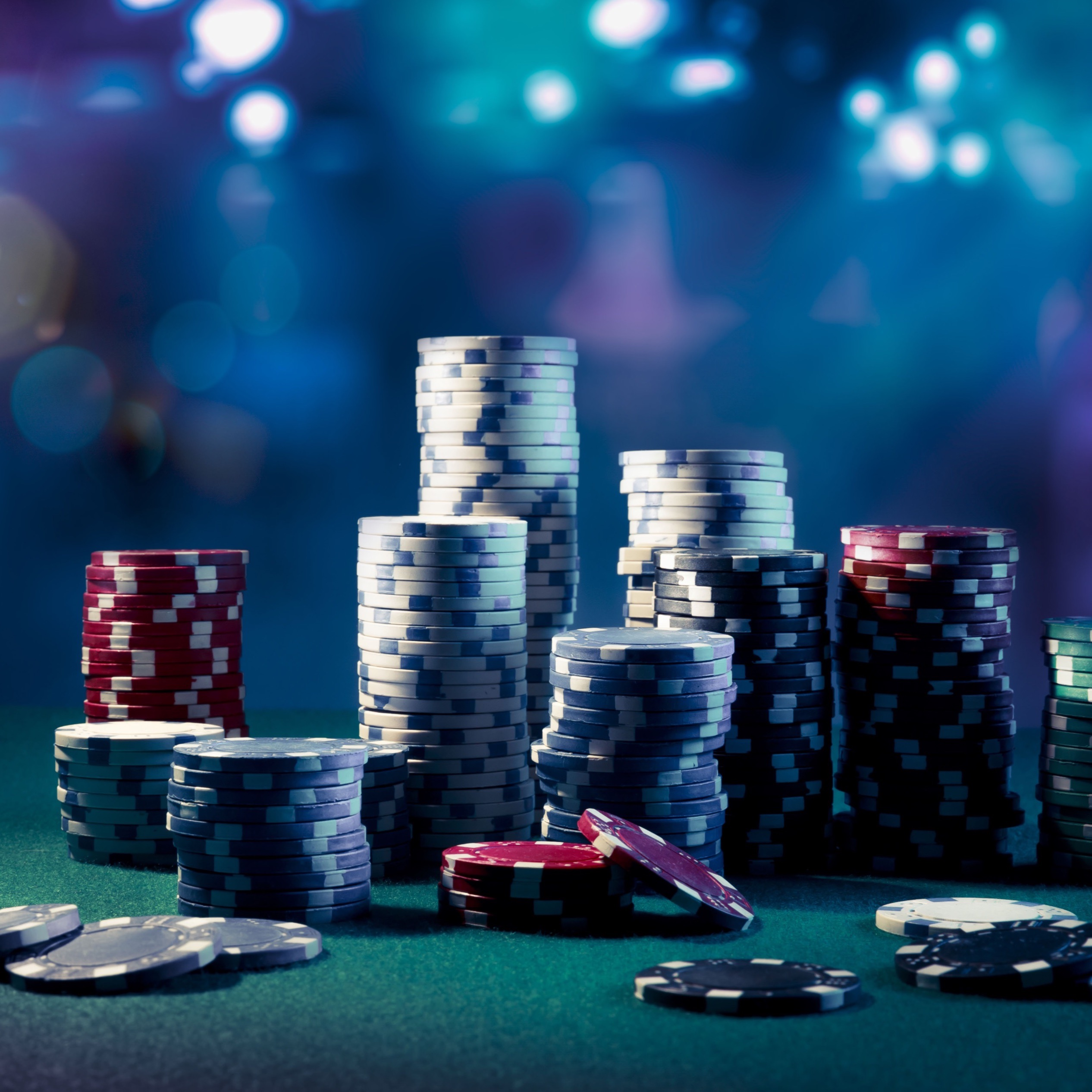 How to Stage an Intervention for a Loved One with a Gambling Problem | News | USC Social Work